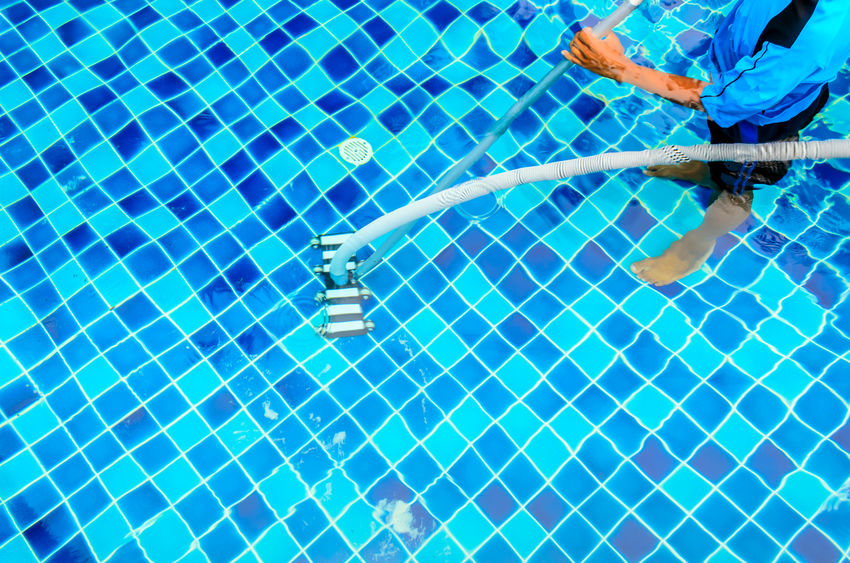 6 Benefits to Having a Professional Maintain Your Pool